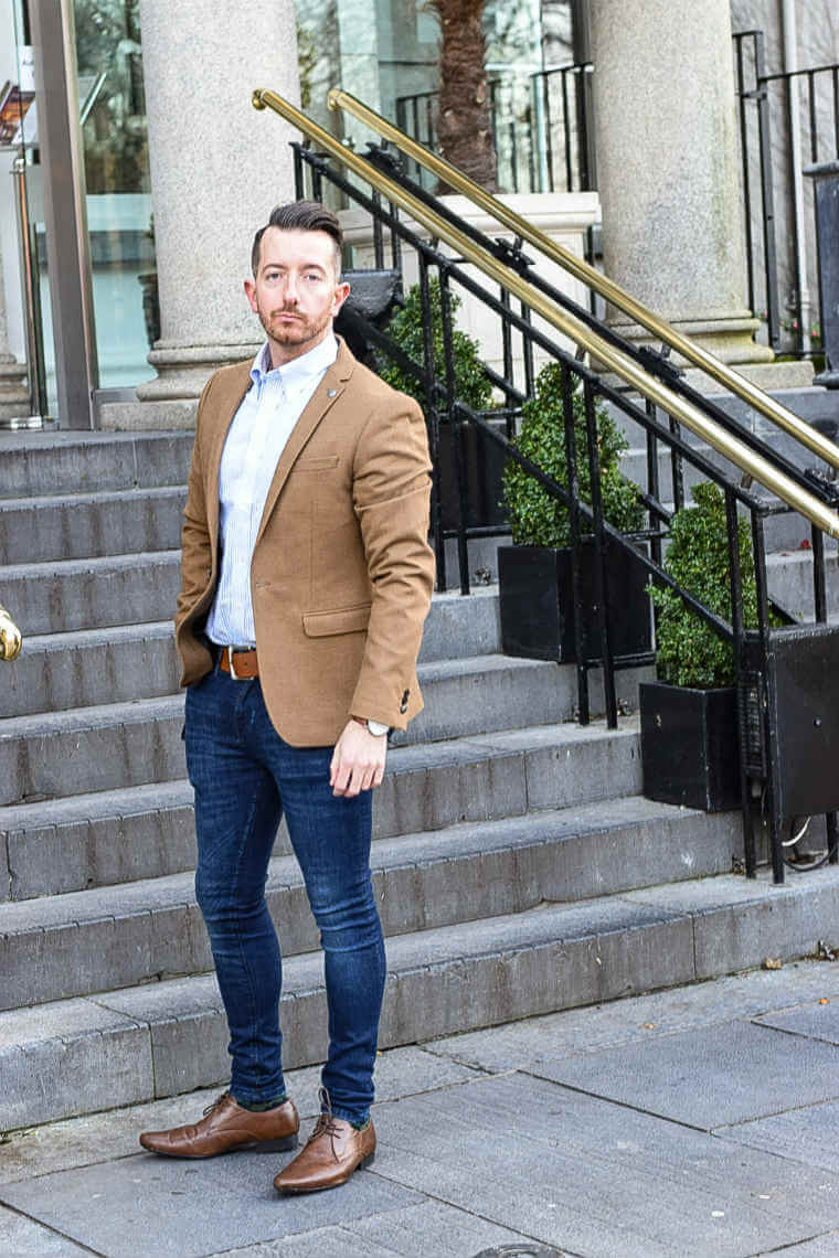 how to dress smart casual