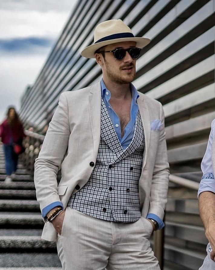 Pitti Uomo Contrast Waistcoats