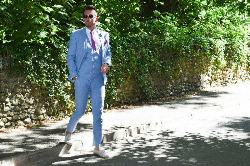 Summer Suit Linen suit crossing the road