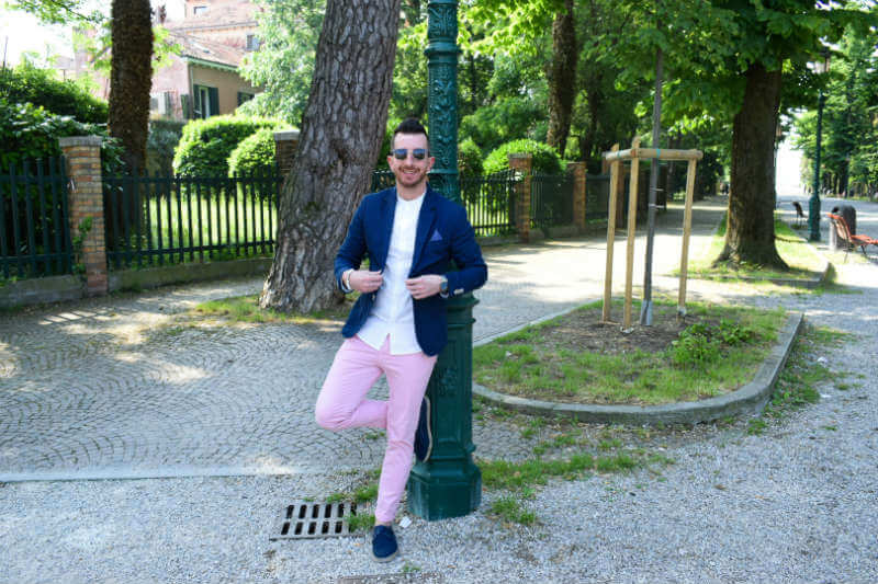 Summer style pink chinos venice