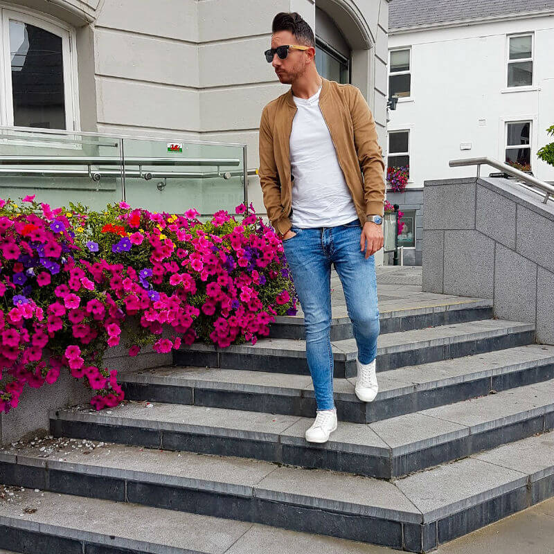 Wooden Sunglasses casual outfit with trainers